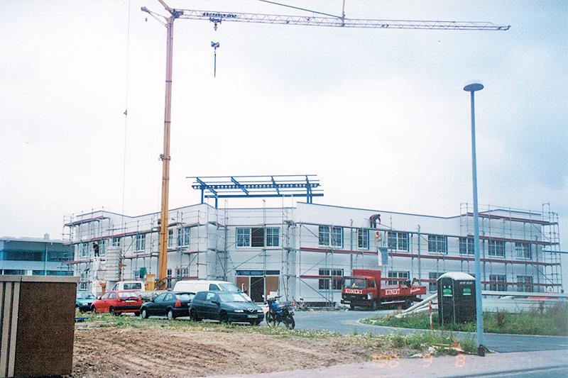 Einzug in einen Neubau mit 2.500 m² Produktionsfläche