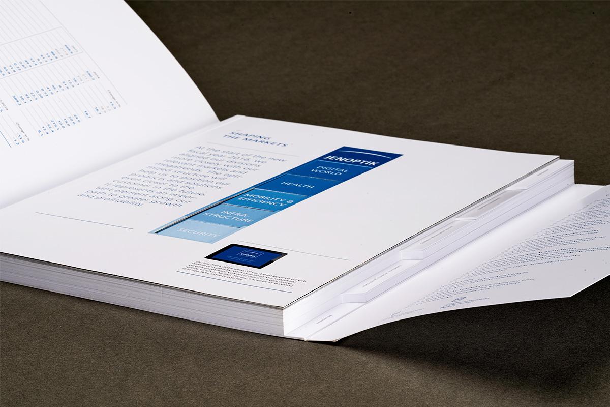 Schweizer Broschur mit Fahnenregister